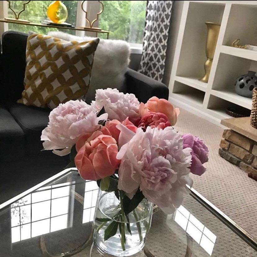 peonies, bouquet, flower arrangement, vase, decoration